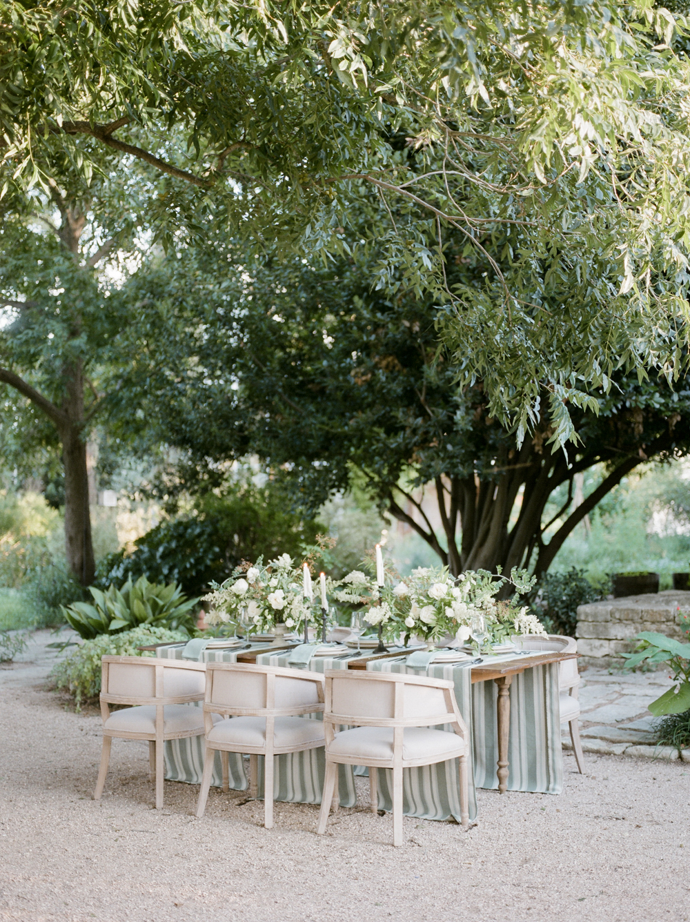 christine-gosch-barr-mansion-austin-wedding-venues-venue-simple-film-photographer-wedding-sparrow-alexandra-grecco-sprout-floals-feathers-and-frosting-classic-inspired-photography-mayhar-design18.jpg