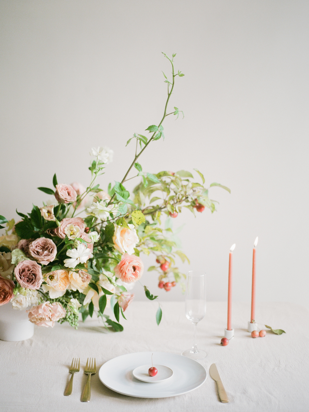 film wedding photographer - Houston wedding photographer - intimate wedding photographer - Christine Gosch - fall wedding inspiration - blush fall wedding - wedding flowers - fall wedding flowers - minimal wedding table inspo - Maxit Flower Design-4.jpg