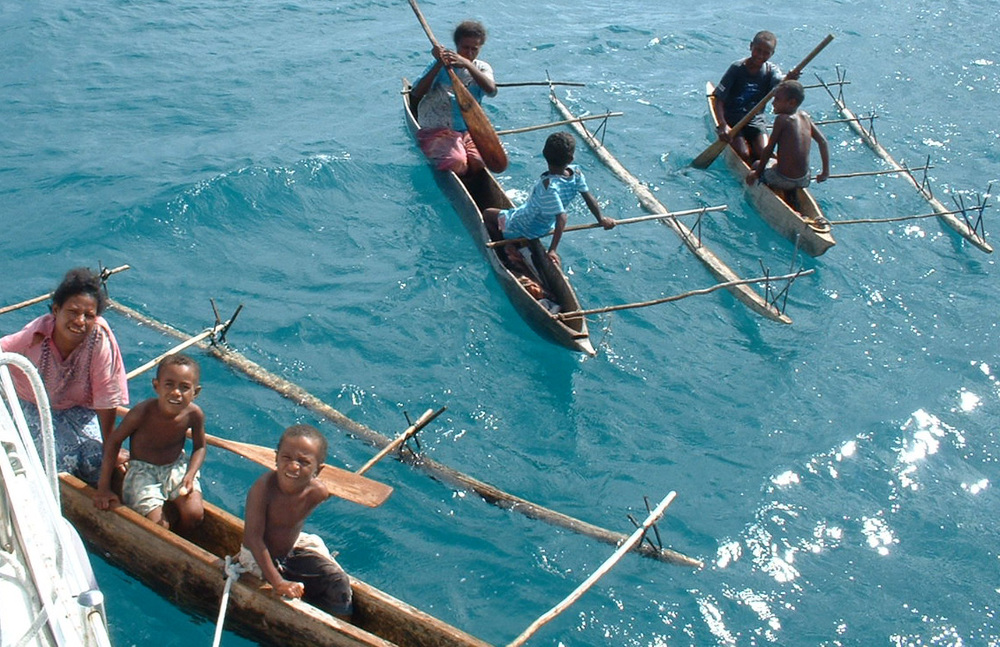 Pana Tinani Is canoes.jpg