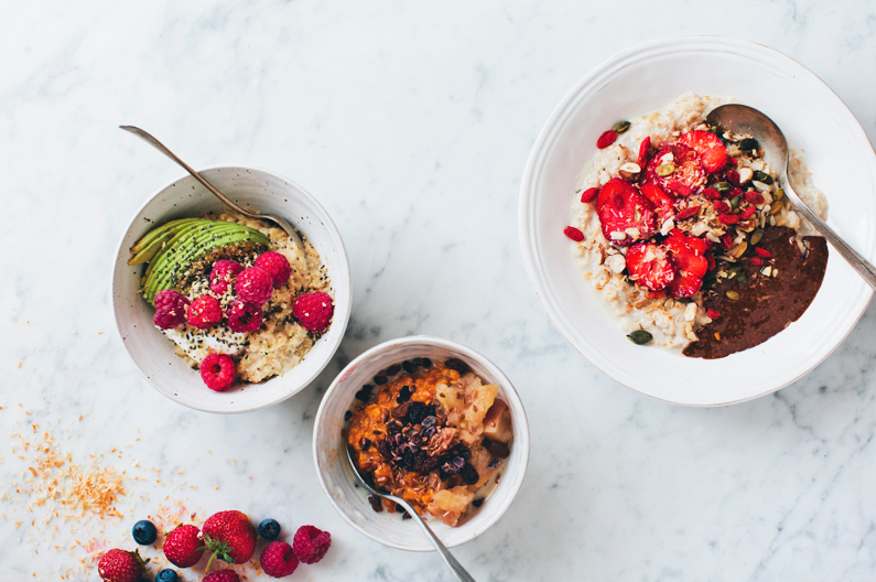 OATMEAL 3 WAYS - Via Green Kitchen Stories