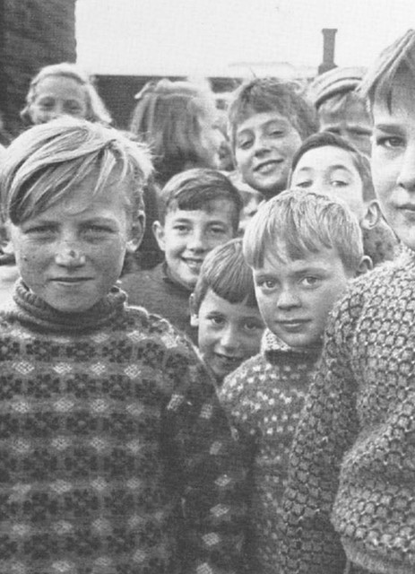 1950's Icelandic schoolchildren via  Journal of Style
