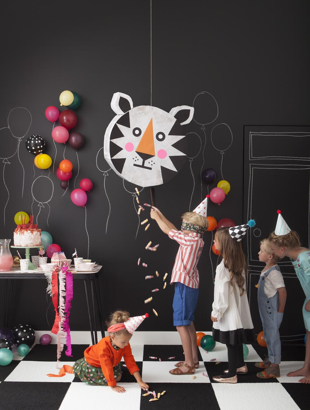Kids craft & party via PLAYFUL