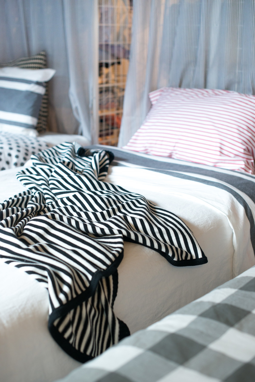 Stripe Happy Throw & Swedish Stripe Sheet Set