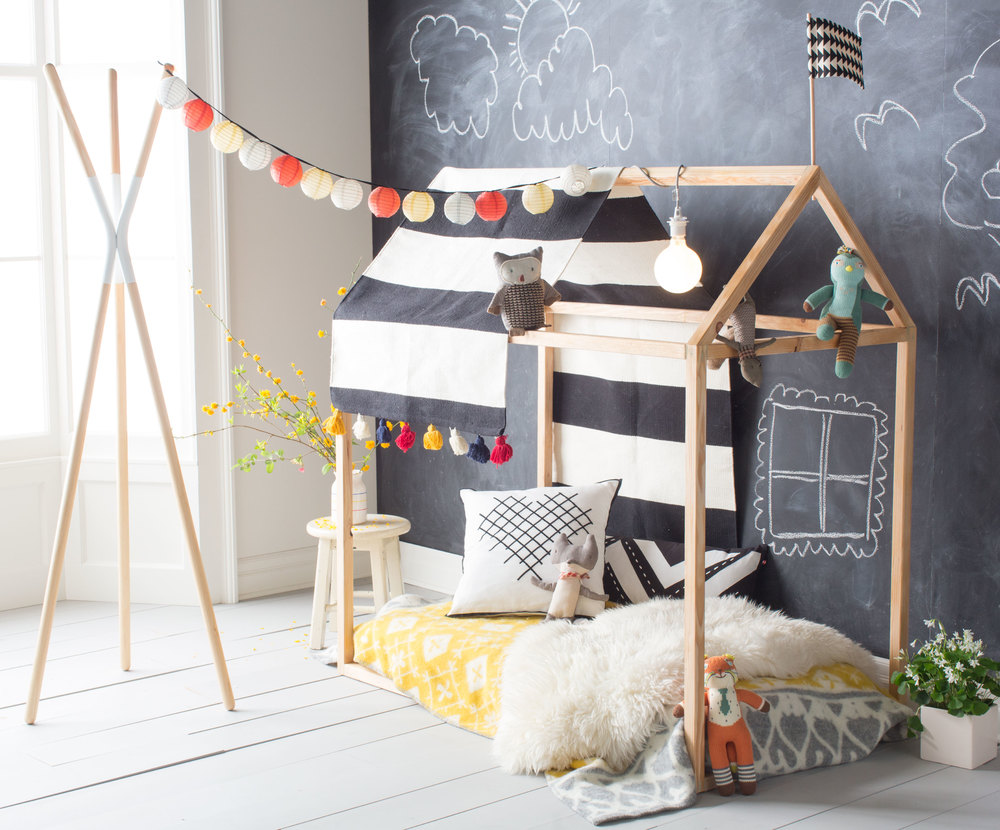 Playhouse Bed Frame DIY — THE HANNA BLOG