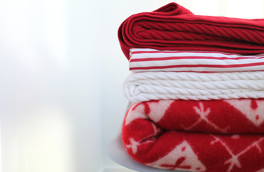 Red & White Home Holiday Styling - Hanna Andersson