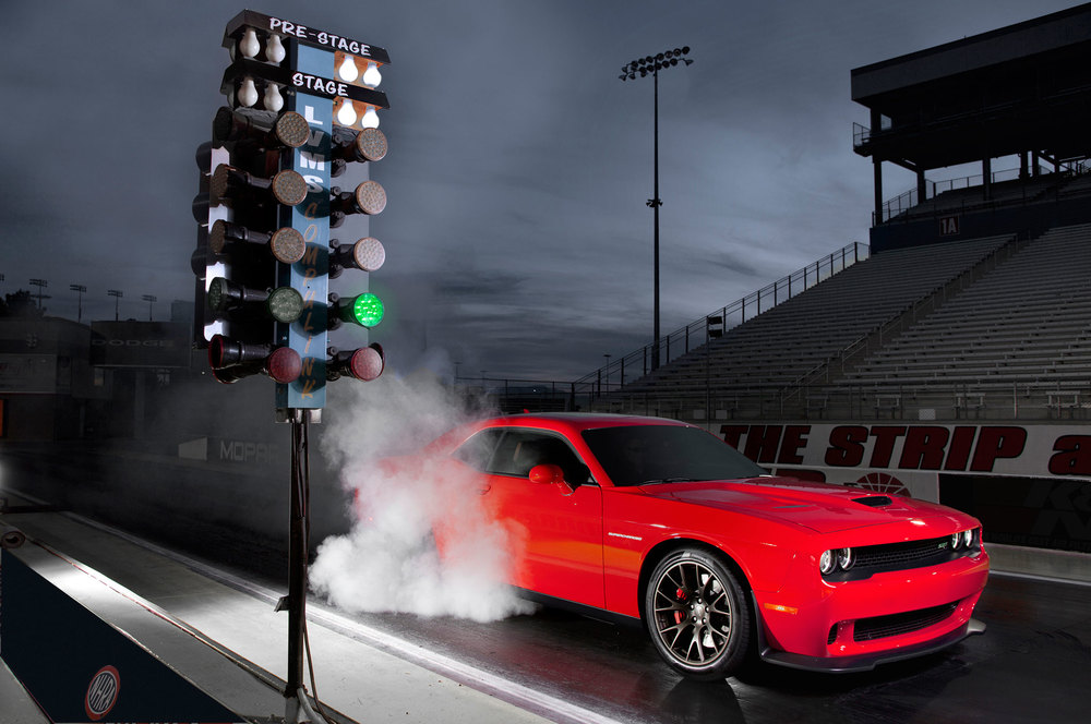 2015-dodge-challenger-srt-hellcat-at-dragstrip.jpg