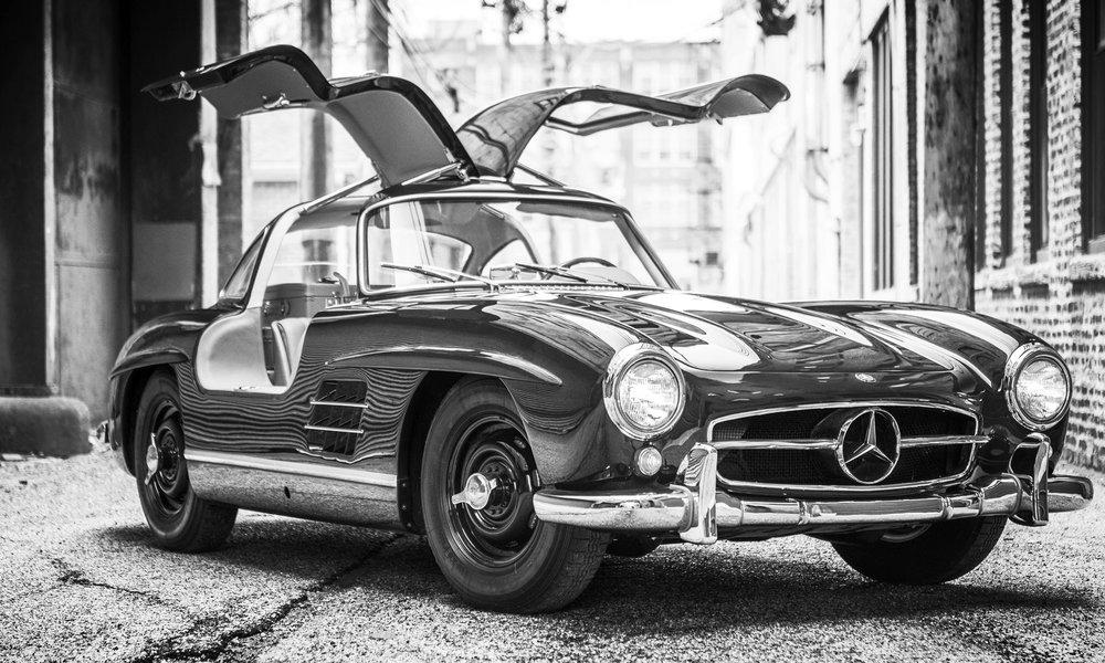 1954-Mercedes-Benz-300-SL-Gullwing_Darin-Schnabel-c-2016-Courtesy-RM-Sothebys.jpg