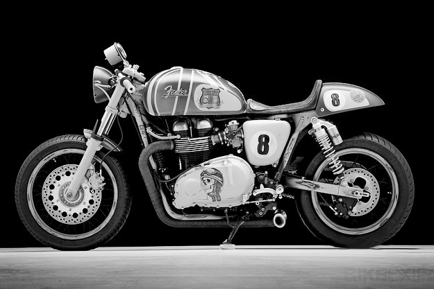 triumph-thruxton-1-www.mensgear.net-cool-gear-tech-mens-gadgets-grooming-style-gizmos-gifts-mens-gift-ideas-travel-entertainment-auto-cars-rides-watches-babes-blog-awesome-luxury-watches-architecture-.jpg