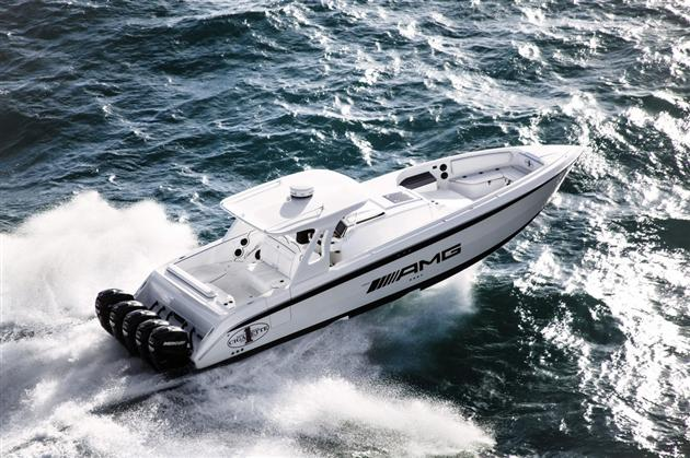 Mercedes-Benz-G63-AMG-Inspired-Cigarette-42-Huntress-Boat-5.jpg