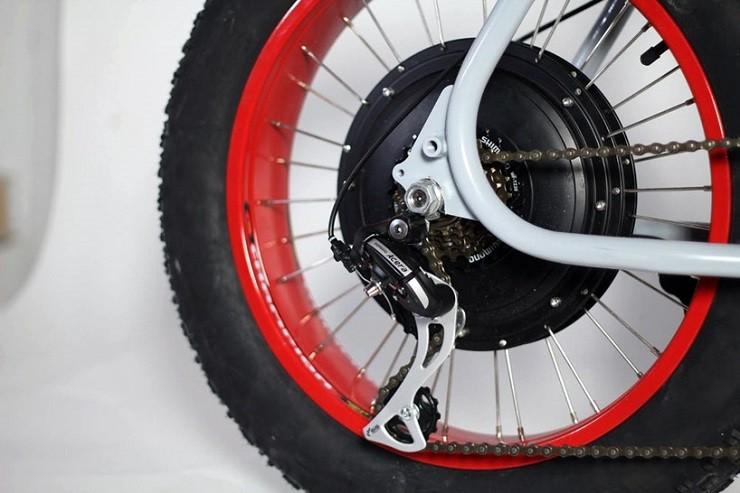 MOKE-E-Bike-4.jpg