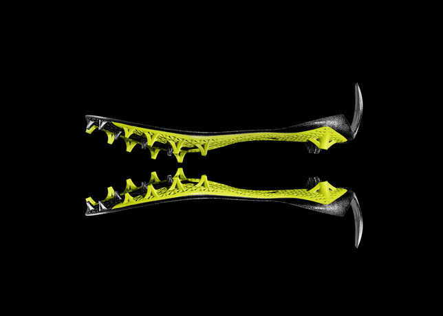 Nike-vapor-lasor-talon-footbal-sneaker-1-www.mensgear.net-cool-gear-tech-mens-gadgets-grooming-style-gizmos-gifts-mens-gift-ideas-travel-entertainment-auto-cars-rides-watches-babes-blog-.jpg5_.jpg