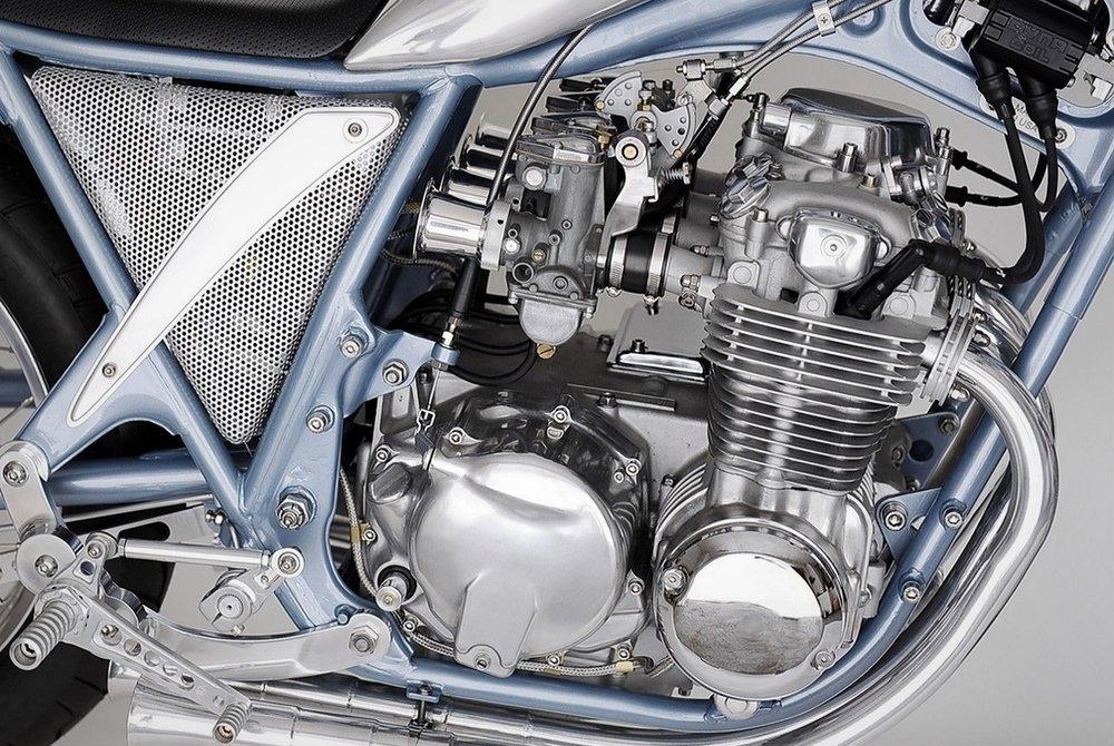 1972-Honda-CB500-Bikini-10.jpg