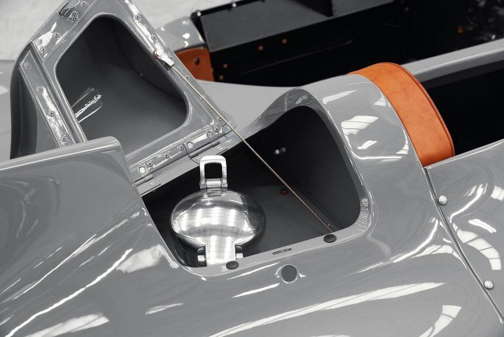 Jaguar-Classic-D-Type-Continuation-9.jpg
