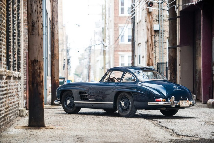 1954-Mercedes-Benz-300-SL-Gullwing-2.jpg