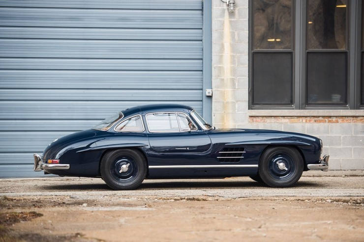 1954-Mercedes-Benz-300-SL-Gullwing-4.jpg
