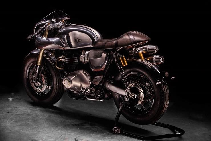 Hedonic-Triumph-Thruxton-R-10.jpg