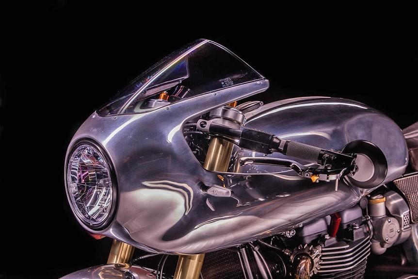 Hedonic-Triumph-Thruxton-R-4.jpg