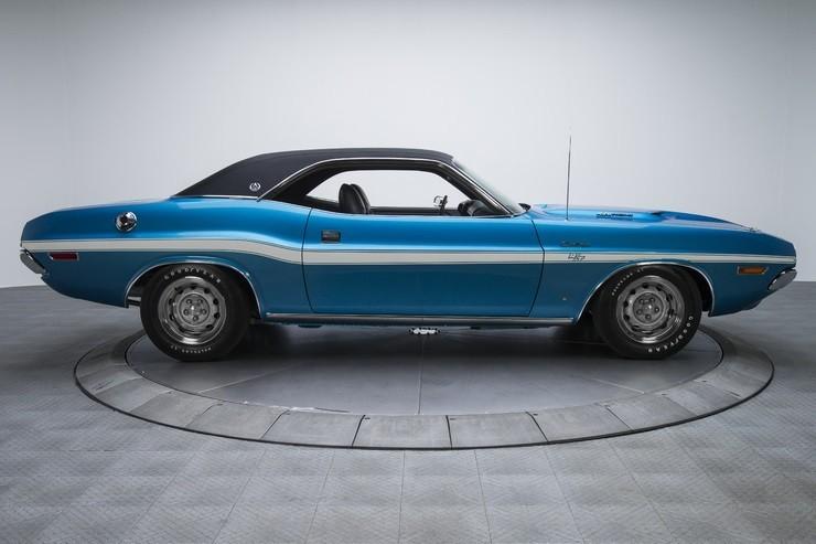 1970-Dodge-Challenger-RT-SE-5.jpg