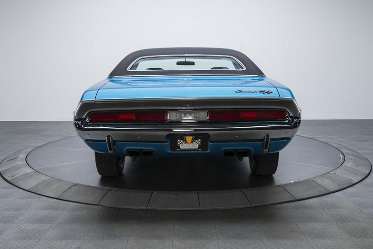 1970-Dodge-Challenger-RT-SE-15.jpg