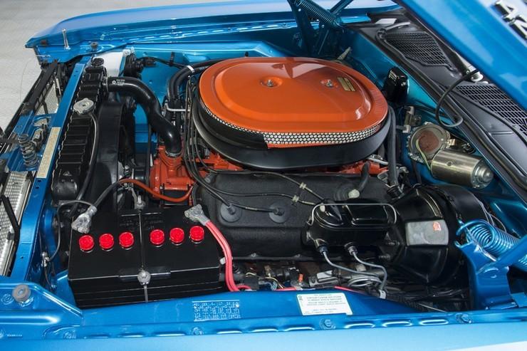 1970-Dodge-Challenger-RT-SE-21.jpg