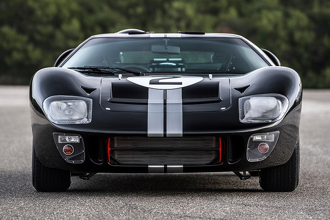 Shelby-GT40-MKII-50th-Anniversary-Le-Mans-Edition-6.jpg