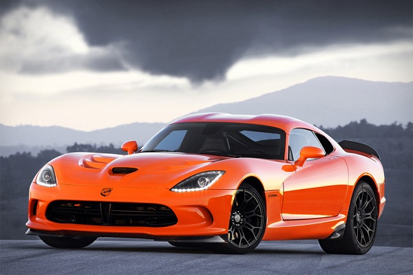 srt-viper-ta-www.mensgear.net-cool-gear-tech-mens-gadgets-grooming-style-gizmos-gifts-mens-gift-ideas-travel-entertainment-auto-cars-rides-watches-babes-blog-awesome-luxury-watches-architecture-2.jpg