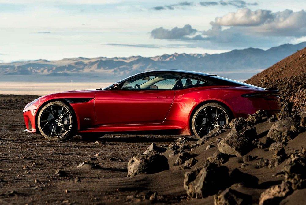 Aston-Martin-DBS-Superleggera-11.jpg