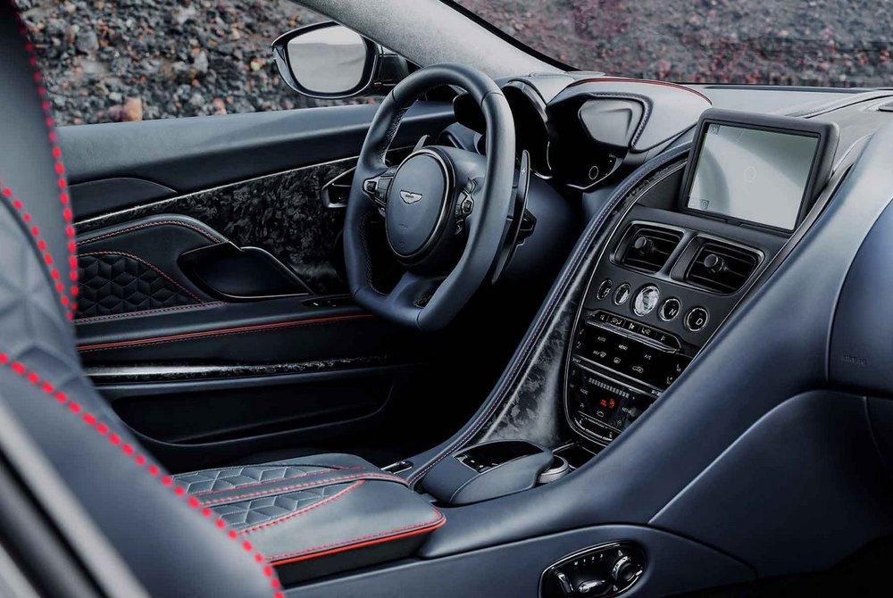 Aston-Martin-DBS-Superleggera-13.jpg