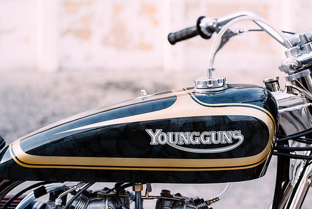 Young-Guns-1971-Triumph-Trackmaster-5.jpg