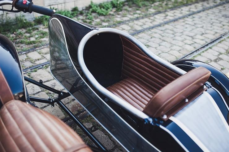 BAAKs-Triumph-Bonneville-Sidecar-5.jpg