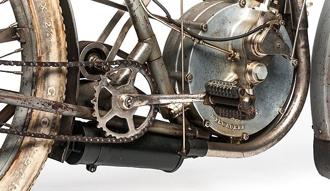 1907-Harley-Davidson-Motorcycle-6.jpg