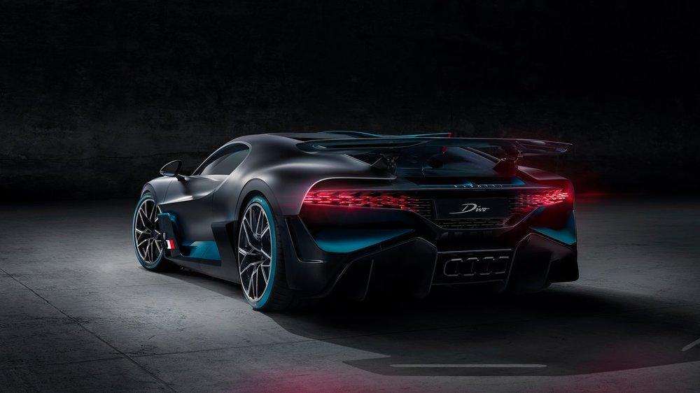 Bugatti-Divo00.jpg