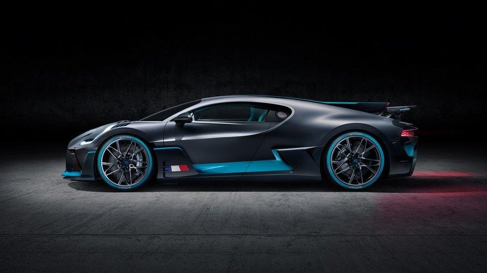 Bugatti-Divo01.jpg