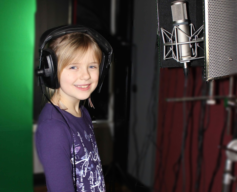 young-girl-singing