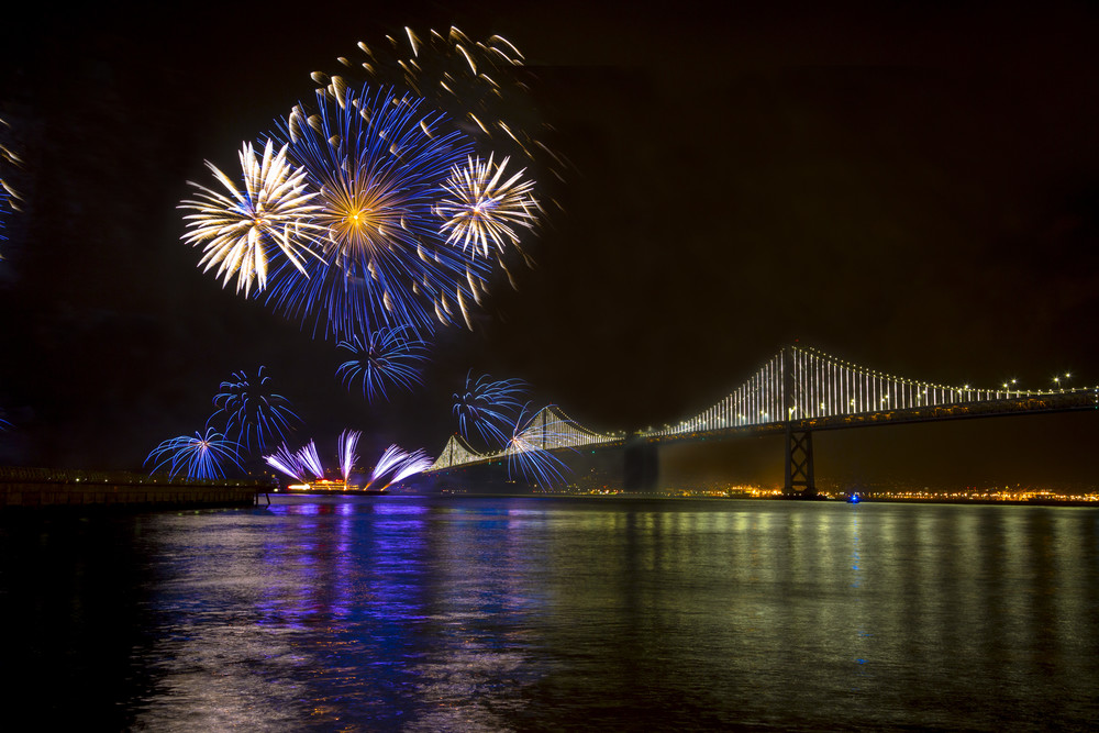 Fireworks || San Francisco Bay Bridge