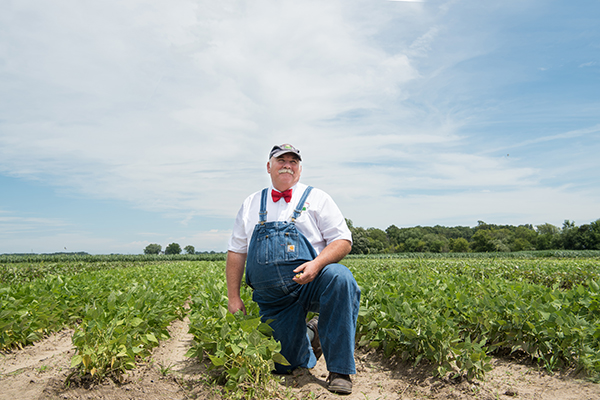 Farmer-Lee-Jones-Beans_WEB.jpg
