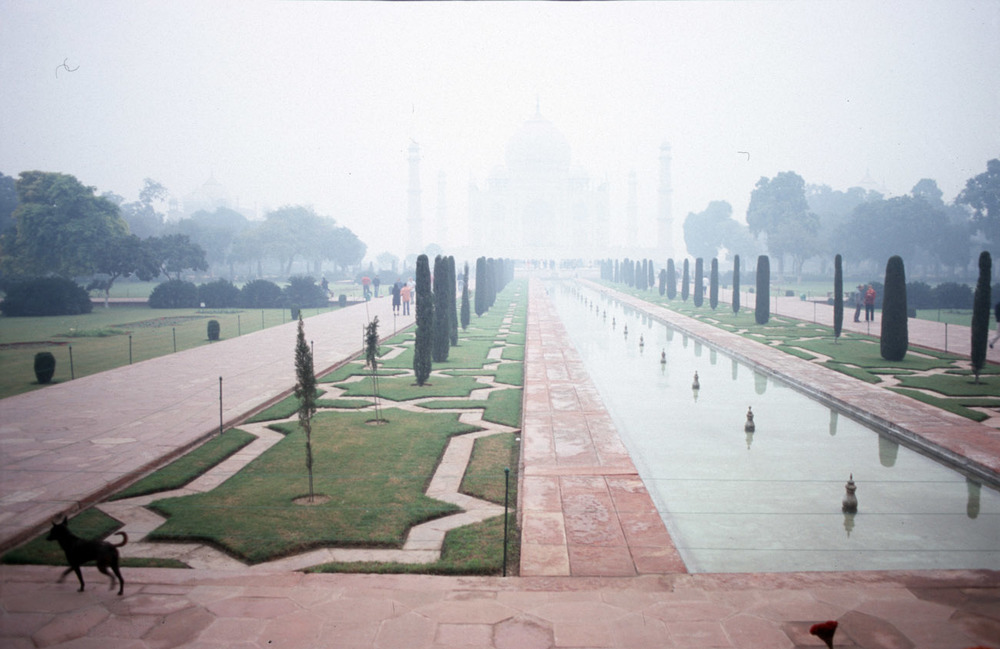 taj mahal pollution india