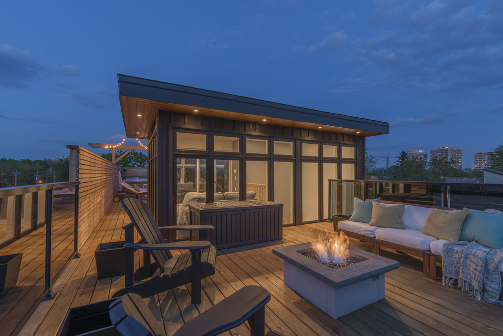 ROOF TOP PATIOS & AMENITY SPACE DESIGNS -