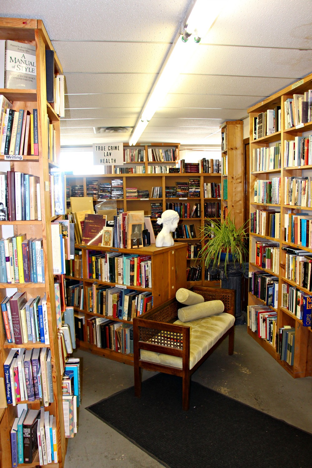 Midway Books in St. Paul