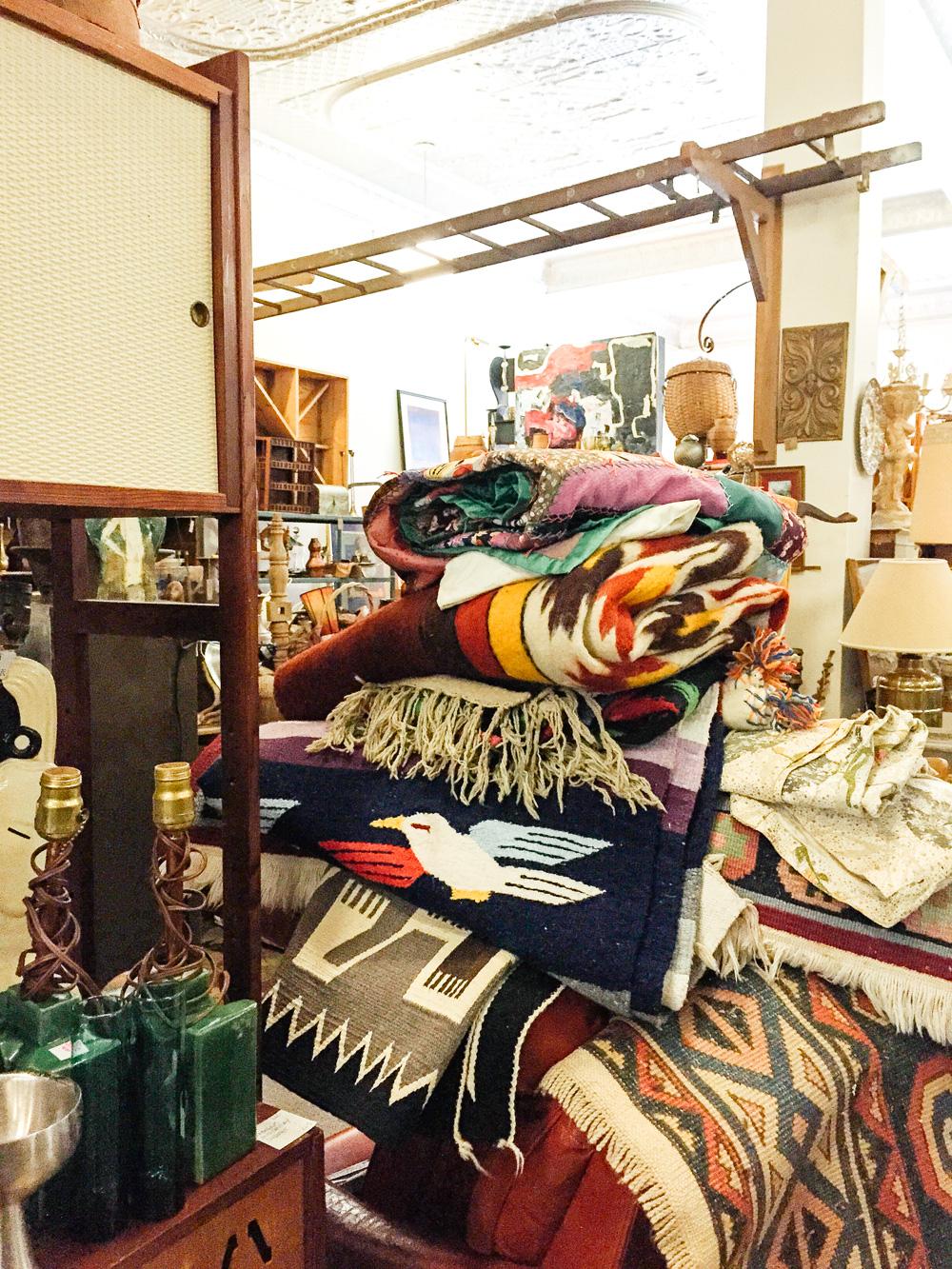 KCMO Thrifting-2902.jpg