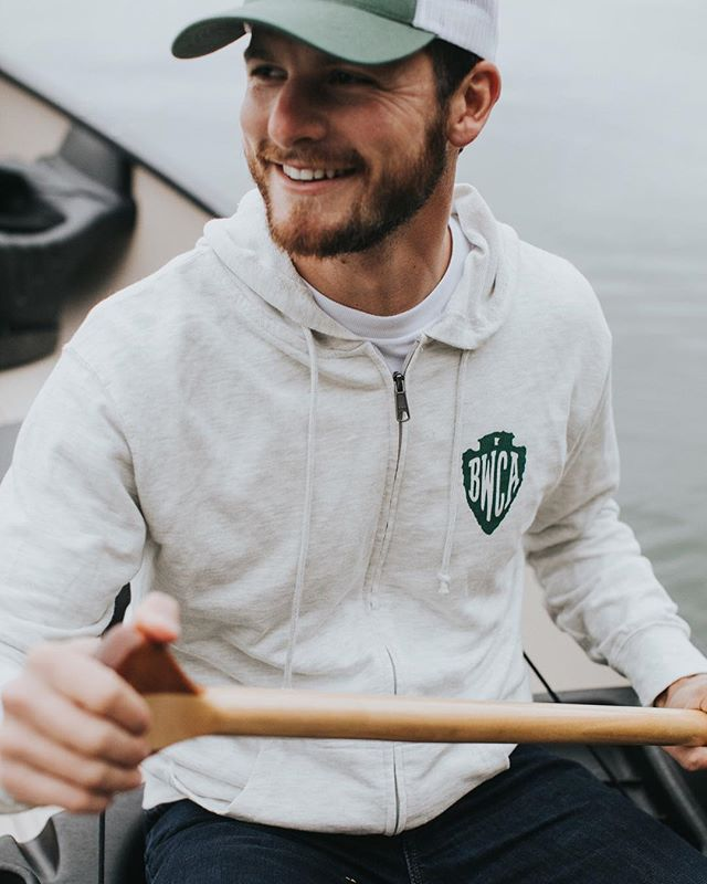 We rounded up a few midwestern clothing companies doing small and big things to protect our planet. Go read the story by our newest contributor (welcome, @dlebreck!), linked in profile.#themidwestival (📷 via @greatlakesco)