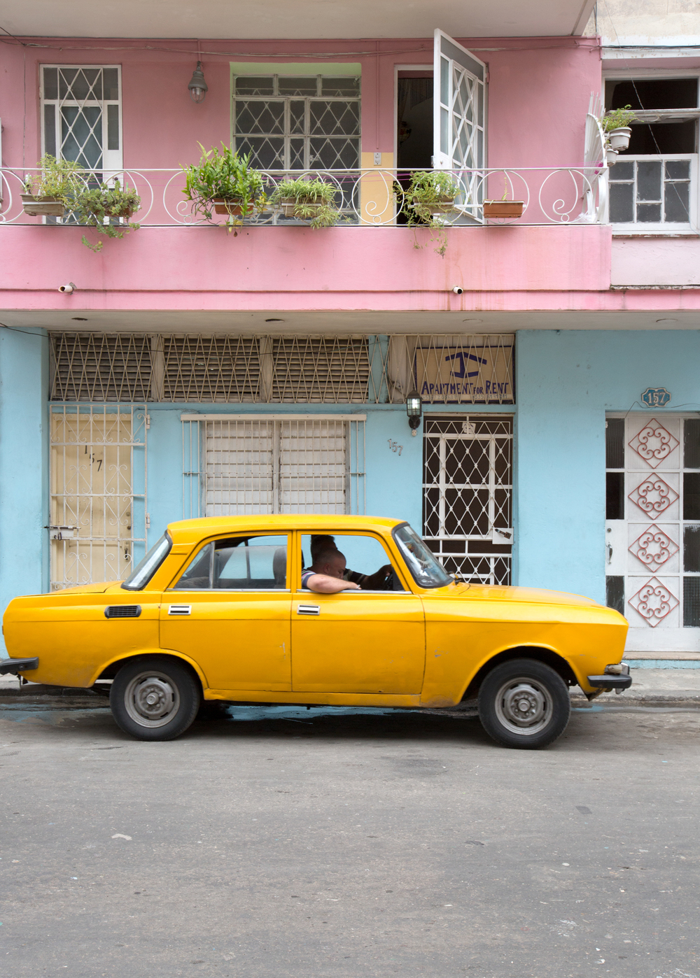 Julie_Blog_CubaColorBlocking_06.jpg