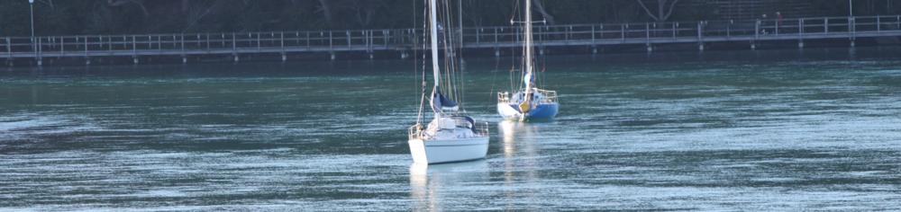 YachtsOnInletHorizontal.png