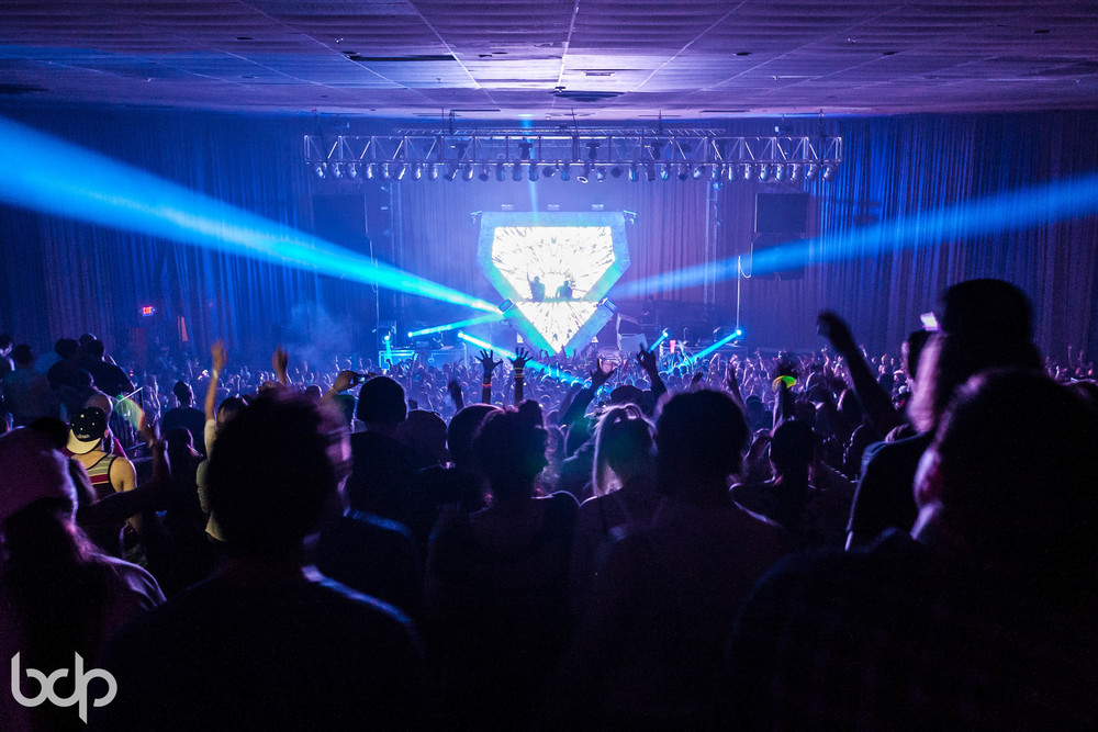 DallasK, DVBBS & Adventure Club at Skyway Theatre 121113 BDP-57.jpg