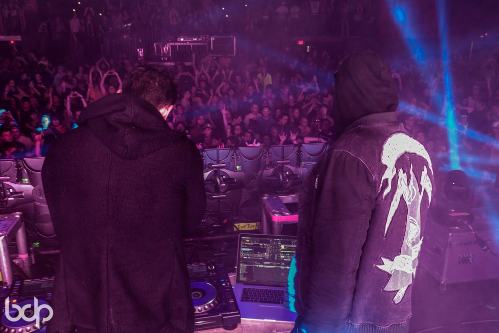 DallasK, DVBBS & Adventure Club at Skyway Theatre 121113 BDP-81.jpg