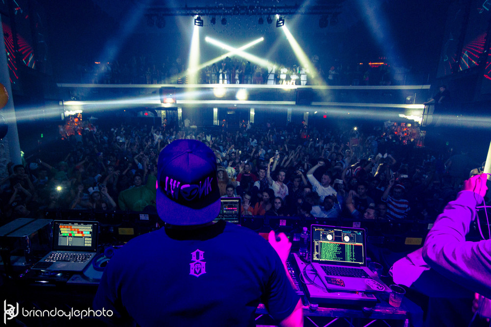 UZ, TWRK, Antiserum, Lookas @ Avalon 2014.10.31 -33.jpg