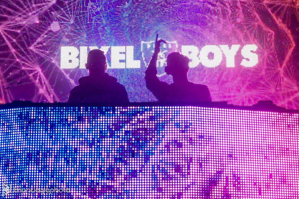 OMFG NYE 2015 LA - Deorro, Madeon, What So Not, Ookay, Paris Blohm, Bixel Boys 2014.12.30 -2.jpg