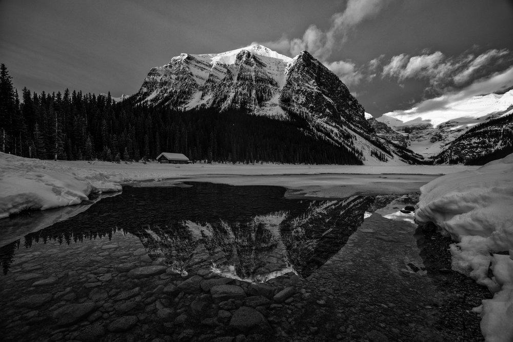 Lake Louise B-W.jpg