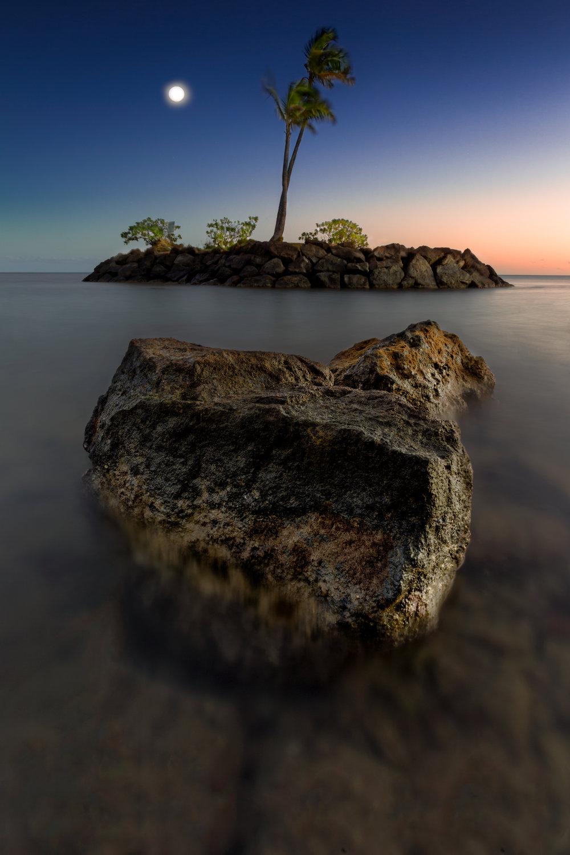 Lone-Moon-Island.jpg