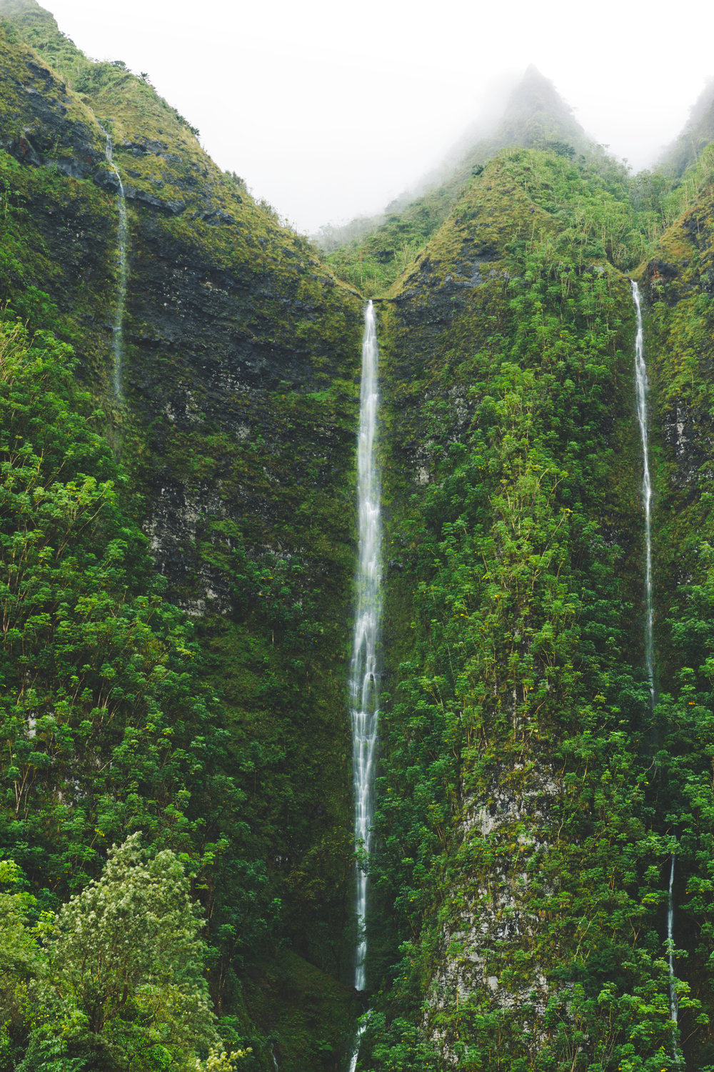 Large-Middle-Waterfall-Vert.jpg
